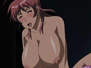 Dos enormes titted hentai babes se follan en trío
