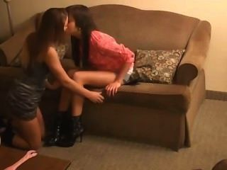 Dominación lesbiana del pie