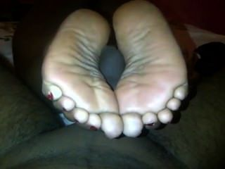 Gruesos pies de ébano