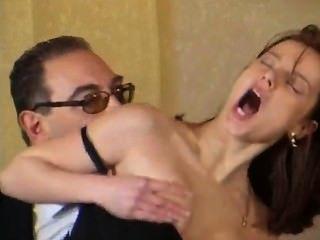 Roberto malone dar para ese hombre é gostoso demais !!!