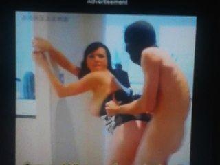 Quien es la chica en el video