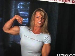 Flexión del músculo elena