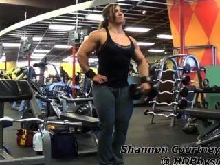 Shannon c músculo de gimnasio (completo)