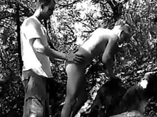 Follando un 18 años en el bosque 2