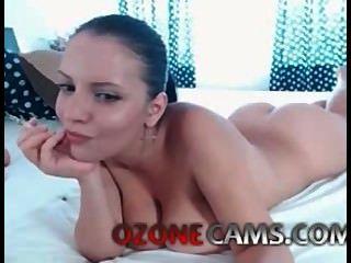 image Cámara oculta en línea masturbándose