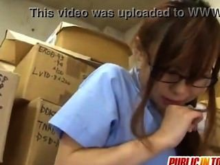 Adolescente sexy folla a un hombre japón adult.com/pornh