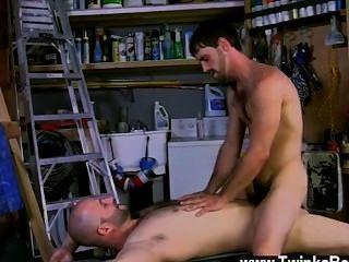 Gay caliente joe es un hombre de verdad, y David definitivamente se baja en que