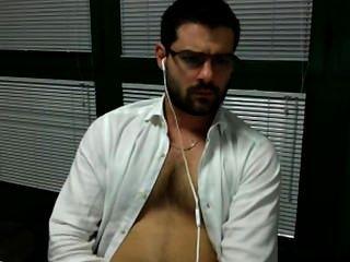 Jerk está en la oficina sega en ufficio