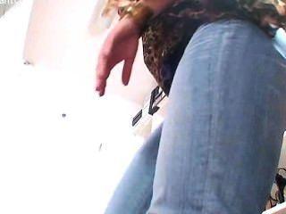 Nicole 24 pisotea zapato footjob con pantyhose negro
