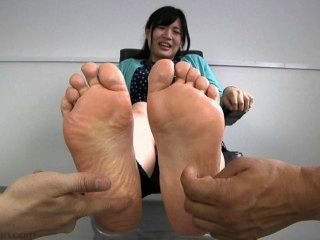 Chica japonesa cosquillas 2197
