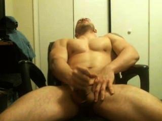 Músculo caliente tipo muestra y corridas en la webcam