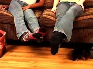 Pateando sus botas
