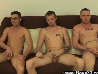 Los modelos masculinos de hoy, damos la bienvenida a David y jesse, aquí para hacer su