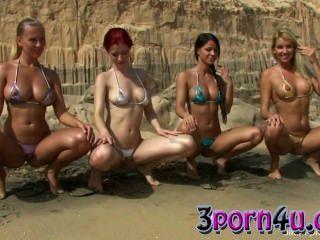 Bikini placer ariel tiffany chikita y bianda arena oscura