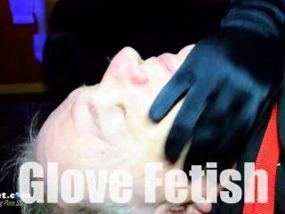 Señora remy x guantes un sub en la toma hostil