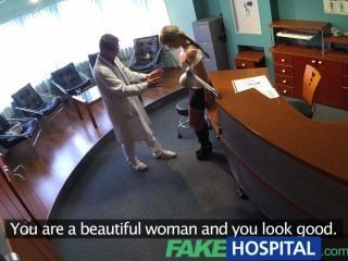 Fakehospital señora chupa polla para ahorrar en cuentas médicas