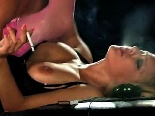 Lou lou sexo de fumar