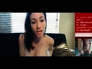 Sexy blanco adolescente se masturba a mi polla enorme negro