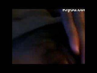 Pinay chica abre su coño
