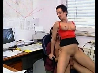 Susanna de garcia: follar al jefe en la oficina
