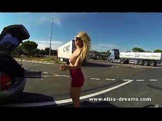 Desnudo público y video sexo anal
