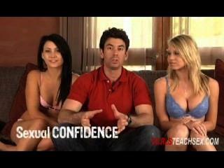 2 chicas enseñan sexo: ¿es una estafa?