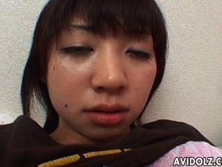 Cachonda japonés dedos adolescentes su deliciosa molestar arrebatar
