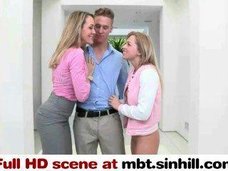 Mamá grande y su hijo dauther fuck afortunado juntos mbt.sinhill.com