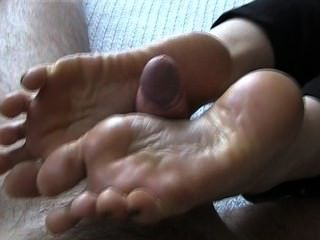 Footjob con cumplay