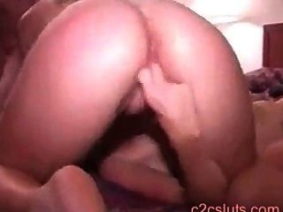 Video casero aficionado.Mi esposa primera vez sexo lesbiana