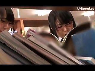 Colegiala perforada por biblioteca geek 08