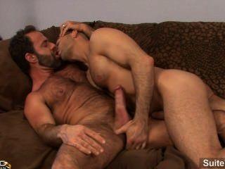 Lustful hombre casado adam russo obtiene clavado por un córneo gay dodger lobo