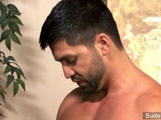 Apasionado morena gay dominic pacifico da cabeza y se folla duro
