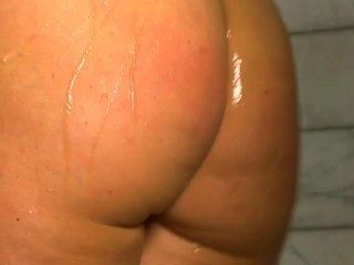 Nikki sexx espectáculo desnudo en la ducha