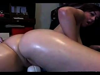 Caliente tiene un gran orgasmo en la cámara