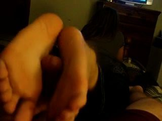 Con los pies de mi novia