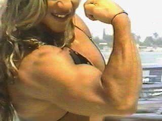 Fbb yaxeni oriquen flexión del bíceps
