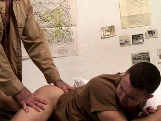 Icono male prisoner of war escena 1