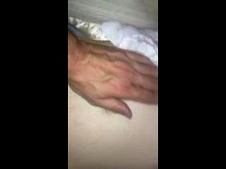 Video celular de borracha fea novia con minúsculas tetas