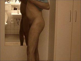 Nakedboy 01 pornhub 7c8a1 jimmy at1 en el ragazzo y presenta come allo nude