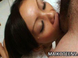 Ayane fukumori jav adolescente apretado penetrado
