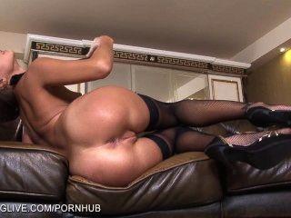 Ruso belleza maria melena jugando con su coño en pantyhose