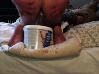 Mira como rompo mi culo apretado