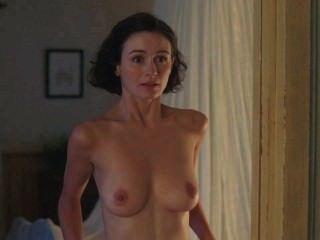 Emily mortimer desnuda loop 1