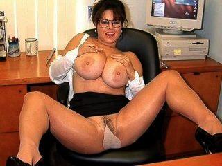 Sexy secretaria chloe vevrier 2