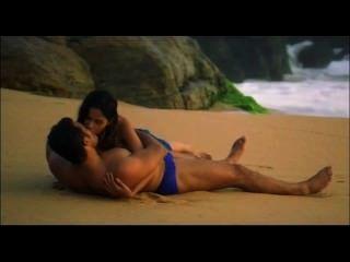 Mallika sherawat obtiene salvaje khwahish hot kissing scenes.mp4