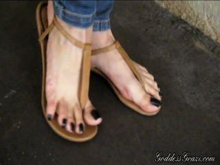 Sandalias de pies