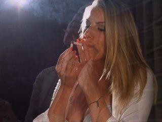 Cadena maya de danielle corchos de fumar