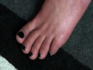 Semen en los pies en los talones
