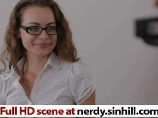 Caliente y nerdy amante de la foto adolescente ruso se folla nerdy.sinhill.com